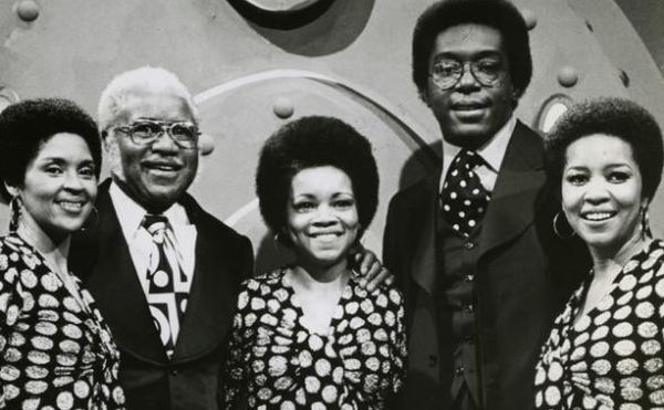 Staple_Singers_on_Soul_Train_jpg_CROP_promovar-mediumlarge